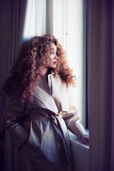 Because we had to know the secrets behind the Lion Babe singer's signature curls.