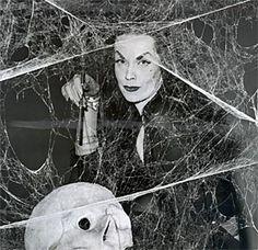 Farewell to Vampira Female Heroines, Cassandra Peterson, Maila, Vincent Price, Famous Monsters, Monster Art, Horror Art, Vintage Hollywood, Werewolf