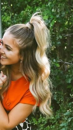 Fabulous Long Hairstyles Trend in 2019 Fabulous Long Hairstyles Trend in 2019 – – - Beliebt Brautfrisuren Schulterlang Wavy Bob Hairstyles, Short Pixie Haircuts, Trending Hairstyles, Easy Hairstyles, Cute Everyday Hairstyles, Half Pony Hairstyles, Beach Hairstyles For Long Hair, Cute Hairstyles For Summer, Beautiful Hairstyles