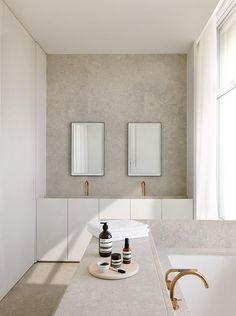 Penthouse S Westkaai Antwerpen 2015 Bathroom - Apartment in Antwerp by Hans Verstuyft Architecten - Bathroom Interior Design, Bathroom Styling, Home Interior, Interior Decorating, Interior Livingroom, Interior Plants, Cute Home Decor, Cheap Home Decor, Bathroom Inspiration