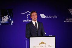 "Robert Pattinson presenting at ""AiFAWARDS""...his smileeeeee...that´s life for me"