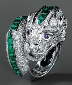 Emerald dragon jewelry