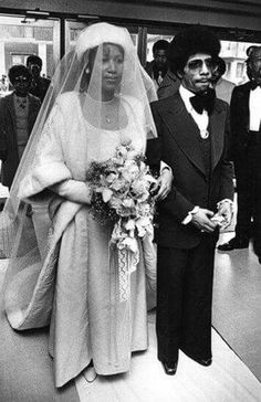 """A beautiful photo, of """"Aretha Franklin, (who) is escorted by her brother, Rev. Cecil Franklin as she prepares to tie the knot with Glenn Turman in April Celebrity Wedding Photos, Celebrity Couples, Celebrity Weddings, Black Is Beautiful, Beautiful Bride, Black Celebrities, Celebs, Vintage Black Glamour, African American Weddings"""