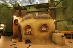 Japanese Cat Cafe That Look Just Like Studio Ghibli Anime http://www.pauseandplay.co.uk/japanese-cat-cafe/