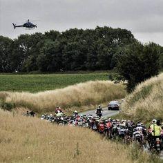 Amaury Sport Organisation est une entreprise créatrice et organisatrice d'événements sportifs internationaux de premier plan. Spécialisée dans le « hors-stade », elle possède en interne la maîtrise de l'ensemble des métiers liés à l'organisation, à la médiatisation et à la commercialisation de compétitions sportives. A.S.O. est présente dans 5 univers sportifs: le Tour de France, le Dakar, l'Alstom Open de France,le Tour de France à la Voile, le Schneider Electric Marathon de Paris. Alstom, Dolores Park, Cycling, Travel, Athlete, Veil, Business, Universe, Organization