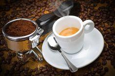 Напитки Кофе Чашка Зерна Ложка Блюдце Еда