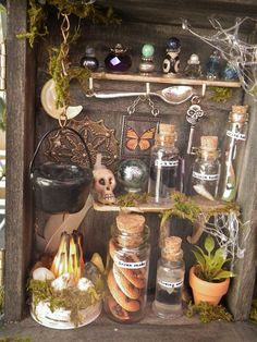 ON HOLD - Mini Fairy Apothecary diorama shadowbox Haunted Dollhouse, Dollhouse Miniatures, Décoration D'halloween Diy, Halloween Crafts, Halloween Decorations, Halloween Apothecary, Apothecary Decor, Minis, Halloween Miniatures