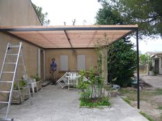Pergola Terrasse Verre - - Pergola With Roof Covered Decks - White Pergola Hamptons - - Diy Pergola, Building A Pergola, Pergola Canopy, Metal Pergola, Deck With Pergola, Outdoor Pergola, Wooden Pergola, Covered Pergola, Patio Roof