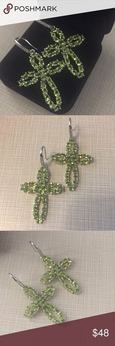 """So pretty green Quartz white Cz silver earrings Beautiful green quartz silver stamped 925 earrings shepherds hook faceted stones prong setting sparkle elegant classy approximately 2"""" long face width 57x29mm gemstone size is 4x3mm Nwot Jewelry Earrings"""
