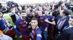 We are the Champions!   Campions de Lliga!   ¡Campeones de Liga! #FCBarcelona #Liga #CampionsFCB #FansFCB #FCBWorld