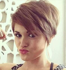 Hairstyles Step By Step 20 Charming Short Hair Color Ideas - NiceStyles.Hairstyles Step By Step 20 Charming Short Hair Color Ideas - NiceStyles Women Pixie Haircut, Short Pixie Haircuts, Pixie Hairstyles, Short Hair Cuts, Pixie Cuts, Teenage Hairstyles, Fashion Hairstyles, Undercut Hairstyles, Trending Hairstyles
