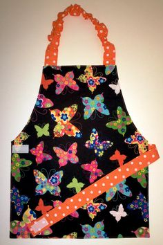 Butterfly apron-- perfect for a child, no need to tie in the back! yes!