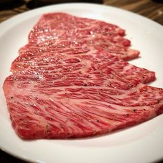 tokyo29report 焼肉ジャンボはなれ 綺麗でセクシーな断面で興奮! The sexiest beef of the month ! #ジャンボはなれ #本郷三丁目 #焼肉 #ステーキ #肉 #和牛 #牛 #東京肉レポート #肉レポ #jumbohanare #hongosanchome #yakiniku #wagyu #beef #steak #instafood #food #foodie #yummy #bbq #barbecue #tokyo #tokyo29report
