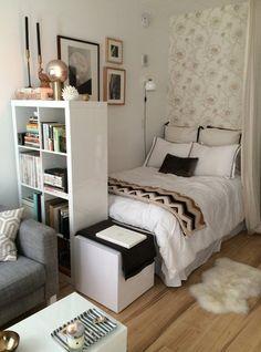 Master Bedroom Design Ideas for Small Rooms . 31 Luxury Master Bedroom Design Ideas for Small Rooms . Small Space Living, Living Spaces, Bed In Living Room, Tiny Living, Modern Living, Deco Studio, Studio Apt, Studio Living, New York Studio Apartment