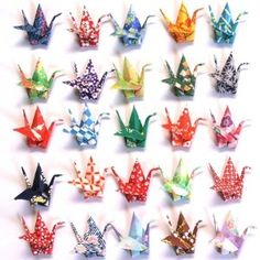 lots of interactive online art opportunities- must remember the password to update- have 3 years gone by already? Diy Paper, Paper Crafts, Diy Crafts, Paper Crane Instructions, Origami Paper Crane, Origami Cranes, Japanese Ornaments, 1000 Paper Cranes, Japanese Paper