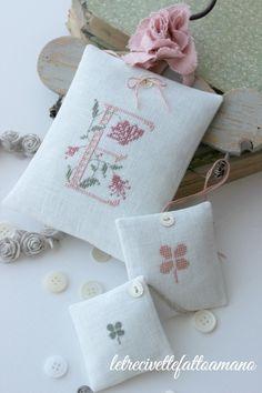 Cross Stitch Cards, Cross Stitch Alphabet, Cross Stitch Samplers, Cross Stitching, Embroidery Applique, Cross Stitch Embroidery, Embroidery Patterns, Cross Stitch Designs, Cross Stitch Patterns