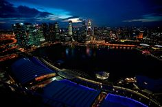 Spectacular view of Singapore skyline by night