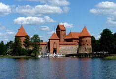 http://www.99worldtravel.com/Tour/Finland/view/2499 ลิทัวเนีย-ลัตเวีย-เอสโตเนีย-ฟินแลนด์  นำท่านเดินทาง สู่สี่เมืองหลวง สี่ประเทศของยุโรปในแถบคาบสมุทรบอลติก ที่องค์การยูเนสโก้ได้ยกย่องให้เป็นมรดกโลกอันล้ำค่า เดินทาง มิ.ย.-ต.ค. ราคาเริ่มต้น 65,900 บาท