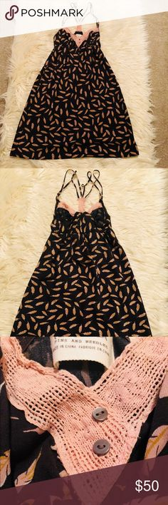 🎉Like New⭐️Urban⭐️Pins & Needles Dress ✨excellent condition ⭐️Like new no wear  🎉Size xs Urban Outfitters Dresses Mini