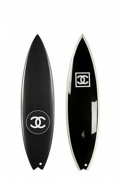 All I want is a beach shack down the coast and a Chanel surfboard - dream baby dreaaaaam Chanel Fashion, Fashion Brand, Golf Driver, Tennis Fashion, Luxe Life, Surf Style, Coco Chanel, Decoration, Louis Vuitton
