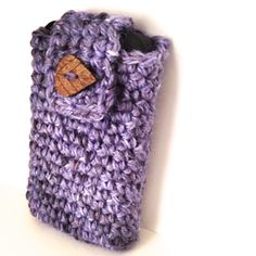 Super simple crochet phone case. Made to fit standard iPhone, but can be easily adjusted to fit any phone.
