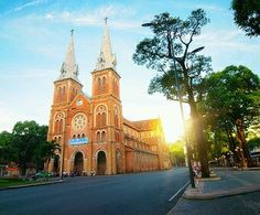 Welcome to join this tour in Vietnam with an English-speaking tour guide - Ho Chi Minh City Tour :: Private Guide