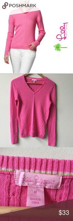 Lilly Pulitzer Katherine Cable Sweater | medium Great condition! Lilly Pulitzer cable knit sweater with a v- neck. Size medium Lilly Pulitzer Sweaters V-Necks