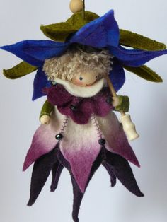 Design Inspiration: From Denmark - Gurkenkraut - Lovely Clothespin Fairy Doll. Love the hands! This is sold as a kit at the site below.