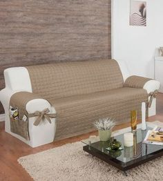 Discover thousands of images about protetor para sofa de 4 lugares c/ lacos assento de lu Soft Furnishings, Sofa Design, Cushions On Sofa, Diy Furniture Chair, Diy Sofa Cover, Green Living Room Decor, Home Decor, Furniture Covers, Diy Sofa