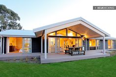 043-01-g-eco-decking-plastic-wood-deck-design-quality-deck-outdure-show-home-new-zealand-nz.jpg (690×460)