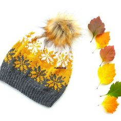 Septemberstjerner lue/September star beanie/ Mütze pattern by MaBe Ravelry: Septemberstjerner lue/beanie pattern by MaBe Fair Isle Knitting, Knitting Yarn, Hand Knitting, Yarn Projects, Knitting Projects, Knitting Patterns, Crochet Patterns, Knit Crochet, Crochet Hats