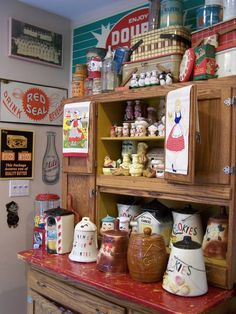 Amazing Collection. Cookie jars & kitsch.