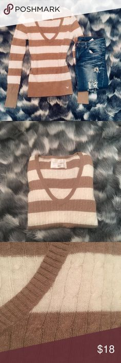 🍂 Perfect Fall Angora & Wool Striped Sweater Coziest softest sweater perfect for the fall. I've only worn this a couple times and it's so super soft and easy to wear with anything ❤️ Sweaters V-Necks