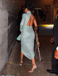 Rihanna brings the cool to her Savage x Fenty NYFW show Looks Rihanna, Rihanna Love, Rihanna Style, Rihanna Fashion, Mode Rihanna, Rihanna Riri, Rihanna Bikini, Rihanna Outfits, Fashion Outfits