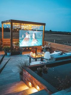 rooftop swimming pool house so he can feel like he& living in the wild. rooftop swimming pool house so he can feel like he& living in the wild. Rooftop Terrace Design, Rooftop Deck, Terrace Garden, Deck Patio, Patio Table, Terrace Ideas, Patio Ideas, Outdoor Ideas, Party Outdoor