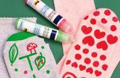 DIY Antirutschsocken Noppensocken - leicht gemacht, basteln mit Kindern, kreativ gestalten, individuelle Socken © arsEdition GmbH 2015