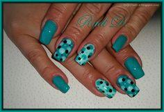 Bluesky gel polish SR38 'Turquoise Dream', A47, GP02 http://radi-d.blogspot.com/2015/06/green-mint-dotty.html