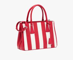 Prada Galleria Saffiano leather bag with a vertical stripe motif Detachable  adjustable leather shoulder strap Steel hardware Metal letter. e0e27647f96b5