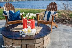 Diy outdoor patio table fire pit table diy outdoor patio furniture from pallets Diy Fire Pit, Fire Pit Backyard, Backyard Bbq, Backyard Ideas, Outdoor Fire, Outdoor Living, Outdoor Decor, Outdoor Ideas, Fire Pit Table Cover