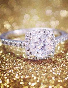 Sonora Halo Diamond Ring