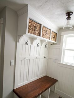 Rustic Small Mudroom Bench Ideas (12)