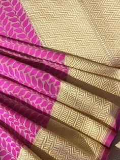 Beautiful handwoven tanchoi silk saree - Banarasi Bunkar
