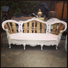 Deconstructed vintage sofa would look fantastic with bright throw pillows in a boutique. Victorian Couch, Antique Couch, How To Antique Wood, Vintage Sofa, Diy Furniture Projects, Recycled Furniture, Furniture Styles, Custom Furniture, Outdoor Furniture