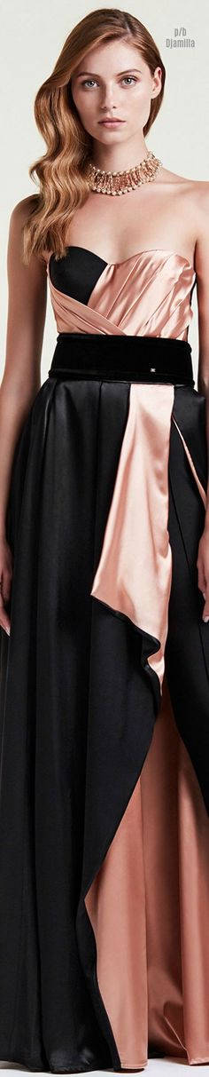 Discover the new collection on the official Boutique for the Maison. Pretty Dresses, Beautiful Dresses, Black Peach, Woman Drawing, Color Mixing, High Fashion, Evening Dresses, Women Wear, Bridesmaid Dresses