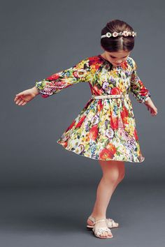 dolce and gabbana winter 2015 child collection 03 Little Girl Fashion, Little Girl Dresses, Toddler Fashion, Fashion Kids, Girls Dresses, Dress Girl, Little Fashionista, Kids Outfits, Cute Outfits