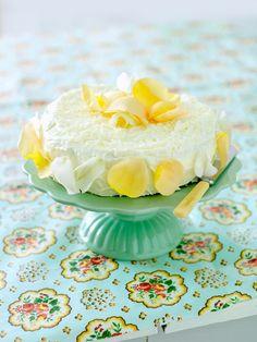 Zitronencreme-Kuchen | http://eatsmarter.de/rezepte/zitronencreme-kuchen