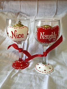 Christmas Naughty and Nice hand painted wine glasses Wine Glass Crafts, Wine Craft, Wine Bottle Crafts, Decorated Wine Glasses, Hand Painted Wine Glasses, Decorated Bottles, Wine Bottle Glasses, Diy Glasses, Champagne Glasses