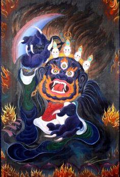 Mahakala, uma manifestação da mente desperta, é um dos protetores do Dharma (os ensinamentos budistas) mais reverenciado no budismo tibetano. Ele protege nossa mente, eliminando as negatividades e venenos mentais. Esta prática é um ritual de purificação que nos ajuda a superar os obstáculos e negatividades a caminho da iluminação.