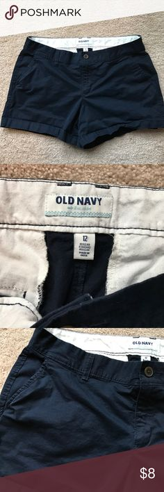 Old Navy Shorts Adorable old navy shorts size 12 regular..navy in color..have been worn several times but still have life left in them :) measurements laying flat: waist 17 inches, inseam 4 inches, and rise 9 inches Old Navy Shorts