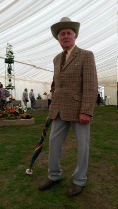 Mr Sergeant was strolling in the gardening marquee when we clocked his fabulously smart outfit. We always love to see a summer hat worn with a bit of panache! Smart Outfit, Summer Hats, Barbour, Good Old, Well Dressed, Dapper, Tweed, Gardening, Lady